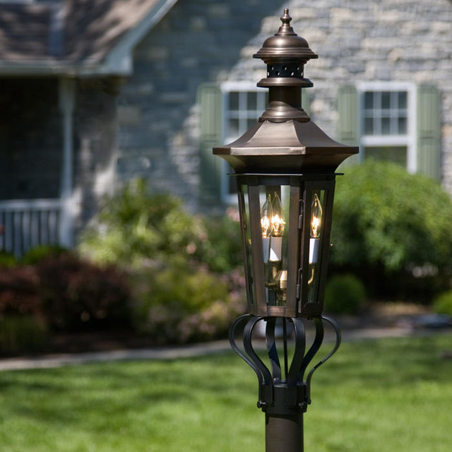 Outdoor Electric Lamp Post: Adelide Post Mount Electric Lantern