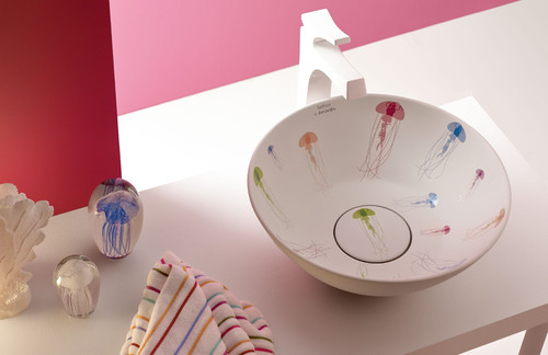 New Cuenca washbasin with Jellyfish´s pattern by Bathco by David Delfín