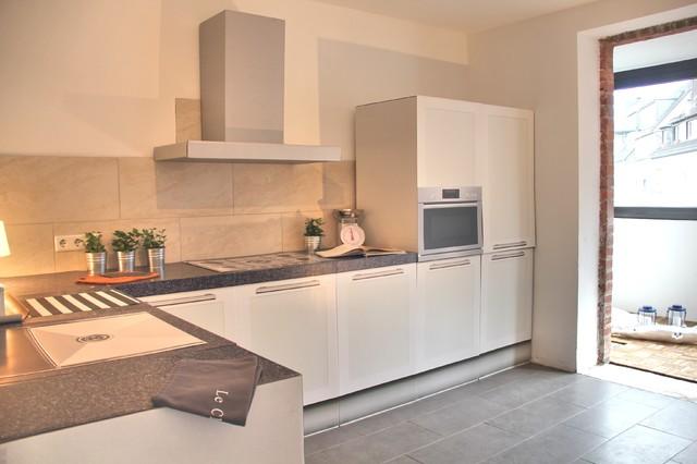 Home staging i unsanierter rohbau düsseldorf modern küche