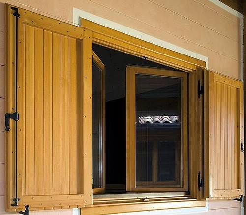 Abbinamenti colori e materiali in casa di legno