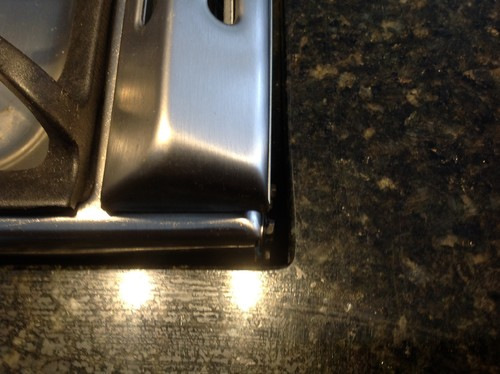 Countertop Around Stove : Poor stove-countertop fit