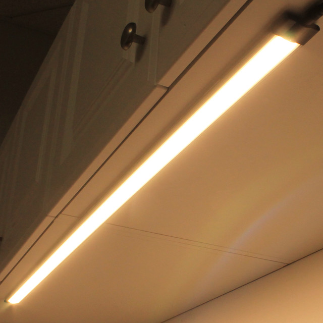 Modular LED Under Cabinet Lighting - Modern - Undercabinet Lighting ...