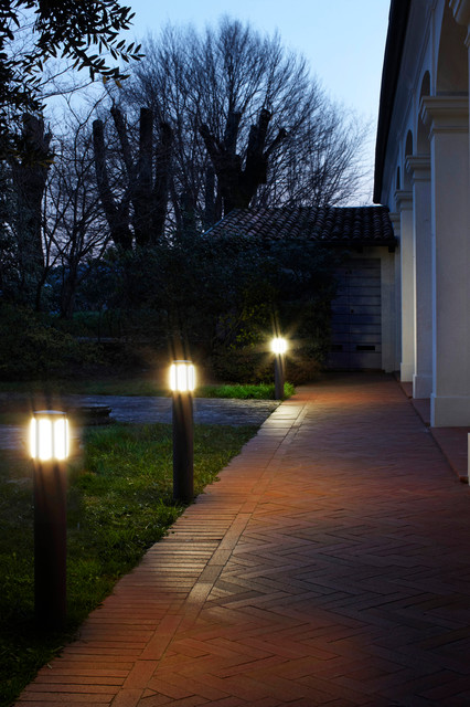 Residential projects elcom design by paber modern for Residential exterior lighting design