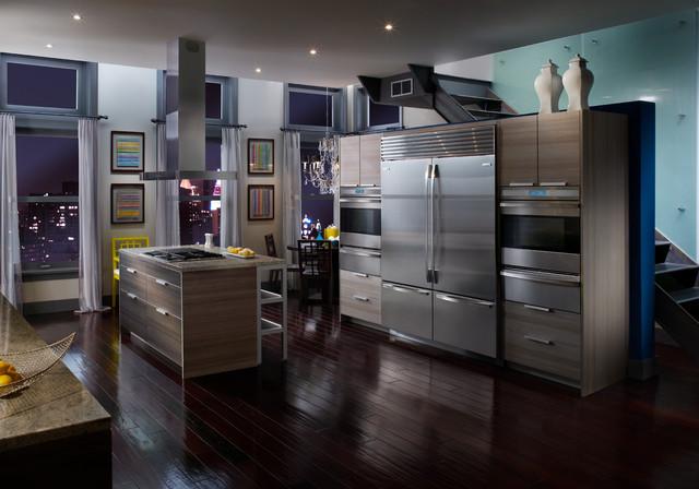 "Sub-Zero 30"" Built-in Bottom Freezer Refrigerator, Custom Panel | BI30UO - los angeles - by ..."