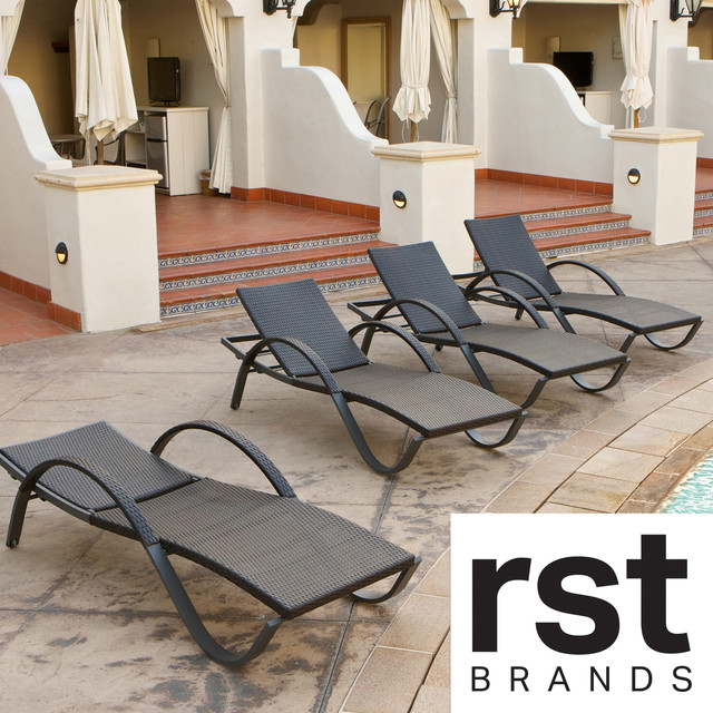 Deco chaise lounge four pack patio furniture contemporary sun loungers by - Deco lounge oud en modern ...