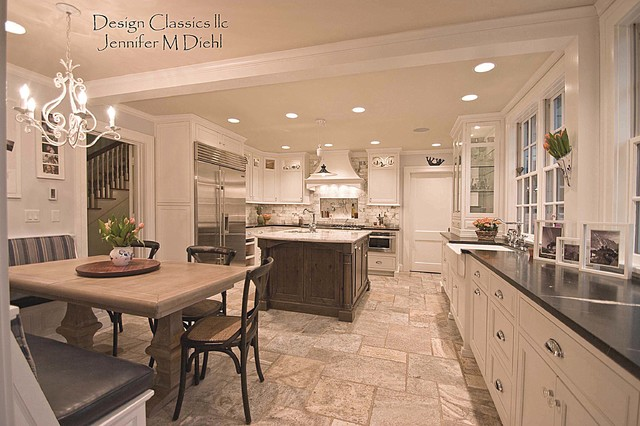 Beautiful dutch colonial remodel ottawa hillls for Kitchen remodel colonial home
