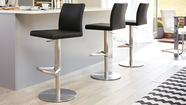 Elise Stainless Steel Gas Lift Bar Stool In Black