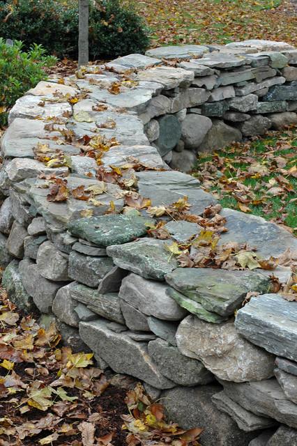New England Fieldstone : New england fieldstone wall