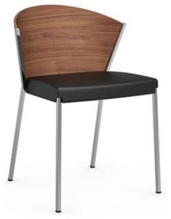 Chaise haut de gamme mya de calligaris en simili cuir noir for Salle a manger haut de gamme