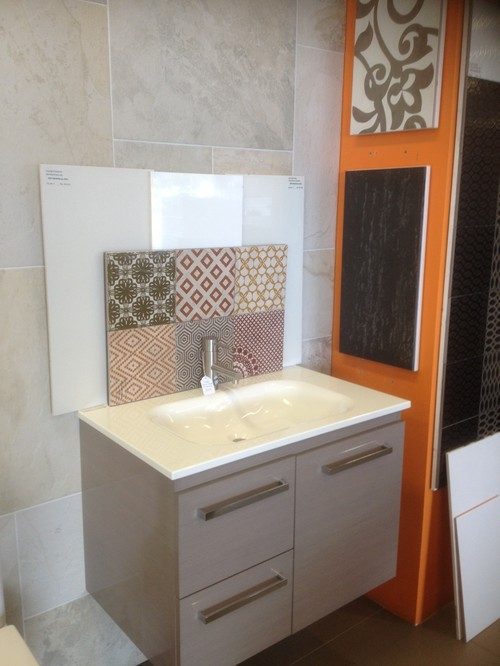 Help me choose my bathroom feature tiles for Help design my bathroom