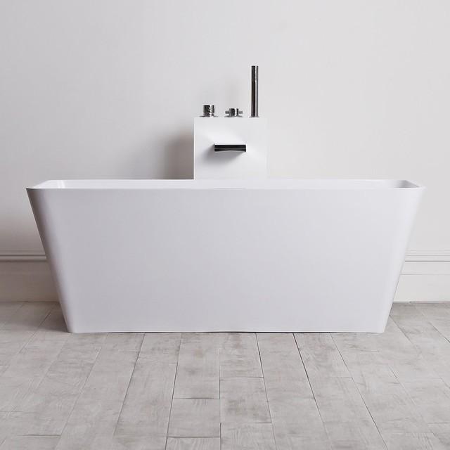 Lusso Stone Quadrato Stone Resin Solid Surface Freestanding Bath 1500 Moder