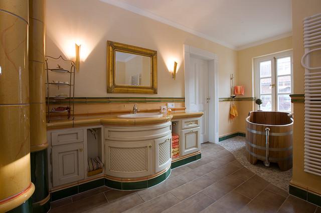 Badezimmer Landhausstil Dusche Badezimmer Im Eleganten Landhausstil