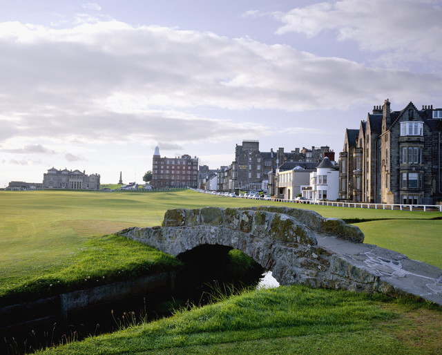 St. Andrews Old Course #18 Wall Mural