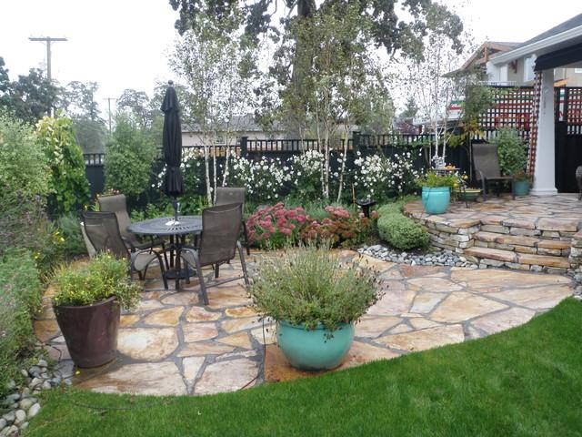 Vancouver island cottage garden traditional landscape for Garden design vancouver