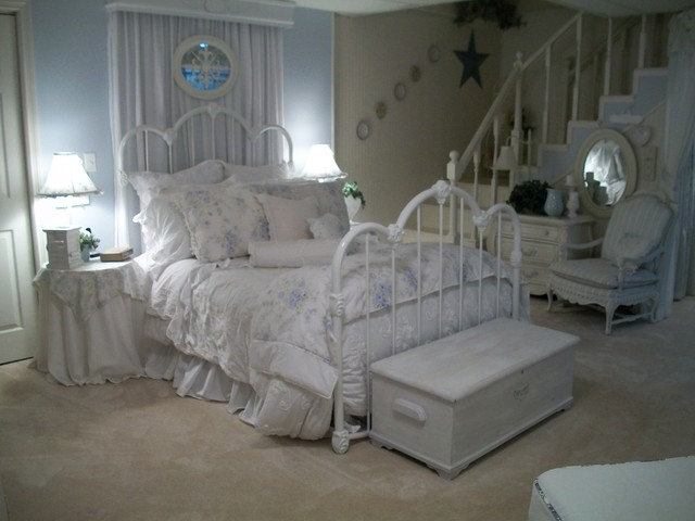 Downstairs Master Suite
