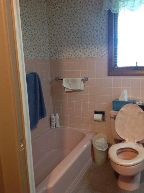 Outdated bathroom with no space and weird layout help for Help design my bathroom