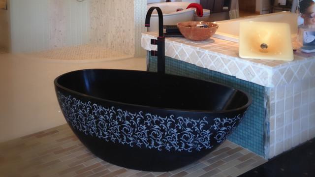 Blu stone embossed halo bathtub modern bathtubs for Halo salon vancouver