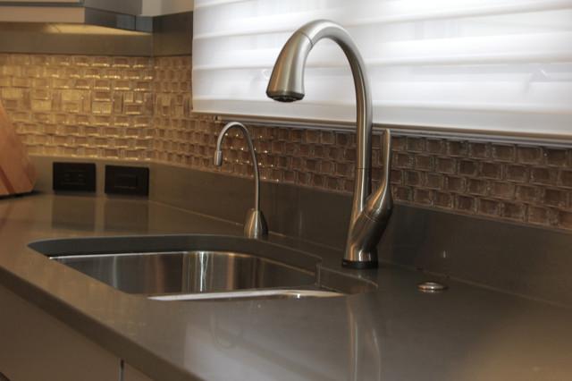 Kitchen Cabinet Reface - Richetti - Modern - Kitchen - cleveland - by Gerome's Kitchen & Bath