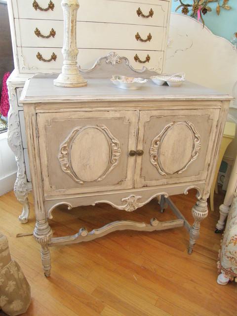 Vintage Distressed Dresser. Vintage Distressed Dresser 96720 USBDATA - Vintage  Antique Furniture Carpetcleaningvirginia.com - Vintage Antique Furniture Antique Furniture