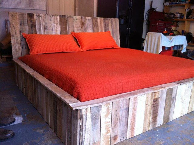 pallet bedroom furniture. Recycled Wood Pallet Bed  Make Platform Pallets Quick Woodworking Projects