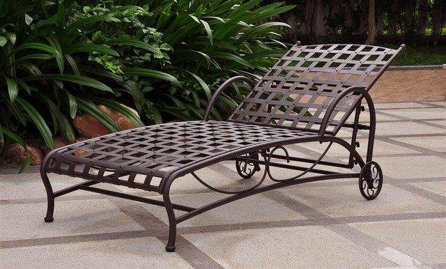 Iron matte brown multi position patio chaise lounger for Chaise de patio