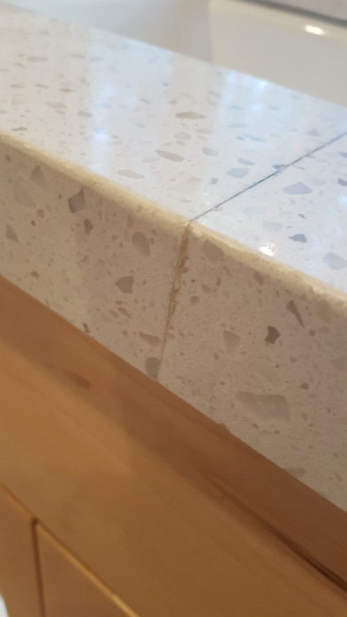 Quartz countertop seam through kitchen sink