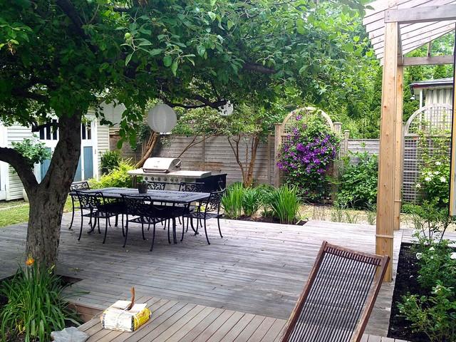 jardin champ tre. Black Bedroom Furniture Sets. Home Design Ideas