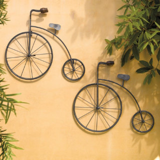 Vintage Metal Bicycle Outdoor Art - Traditional - Outdoor Decor - by Grandin Road