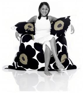 fatboy original marimekko lounge bag in unikko black. Black Bedroom Furniture Sets. Home Design Ideas