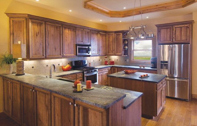 Canyon creek falmouth in rustic hickory in kona with for Canyon creek kitchen cabinets