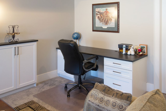 Kelowna family room office transitional home office for Office design kelowna
