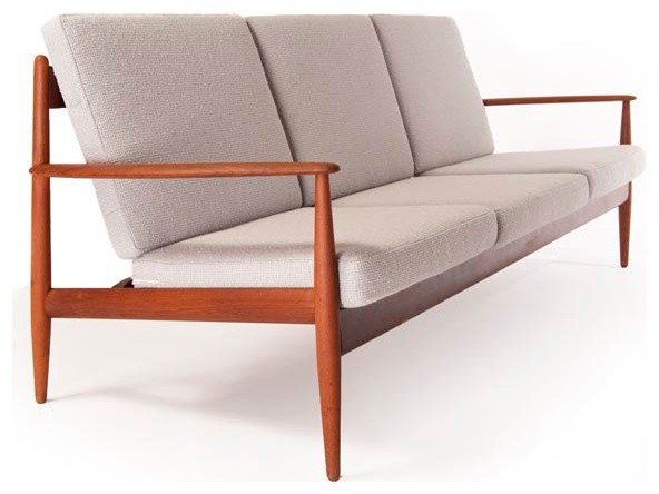 Vintage danish modern 3 seat sofa modern furniture for Danish design sofa