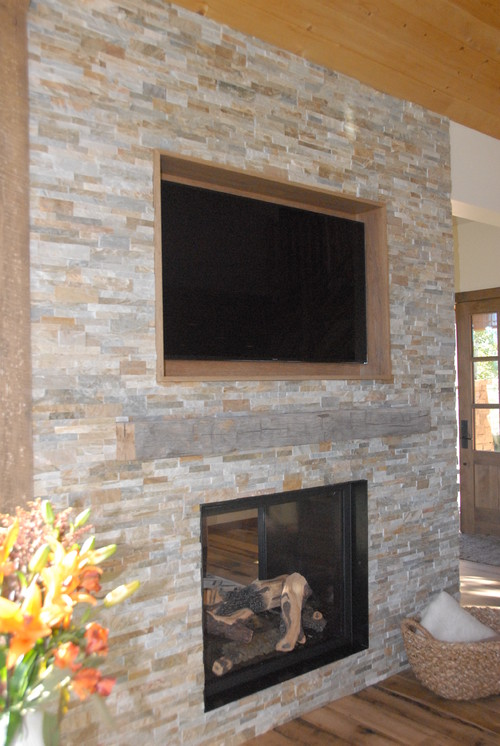 Tv recessed area and stone for Recessed area