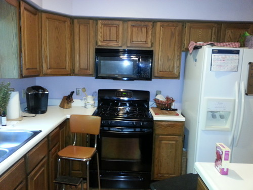 should i paint my kitchen cabinets