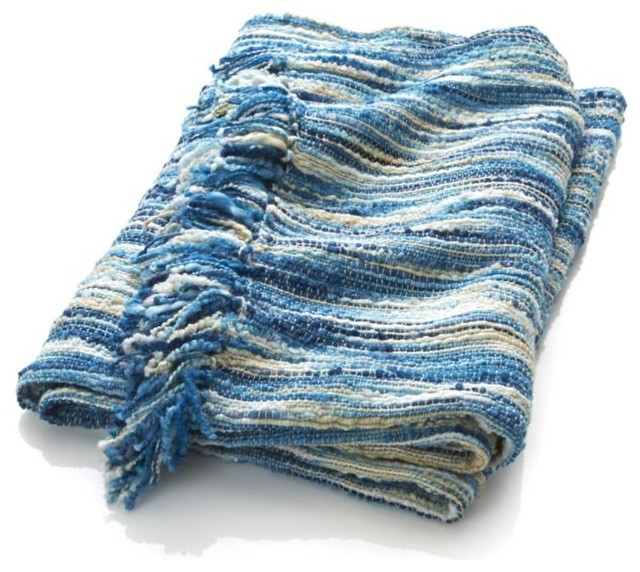 Brooke blue throw contemporain plaid par crate barrel for Plaid contemporain