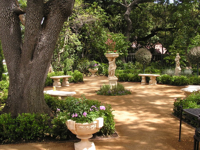 Strolling landscape under dappled shade - Mediterranean backyard designs ...