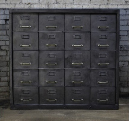 industrial metal cabinet 20 compartments industriel. Black Bedroom Furniture Sets. Home Design Ideas