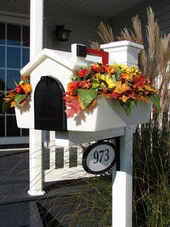 Creative Mailbox Planters Traditional Mailboxes By