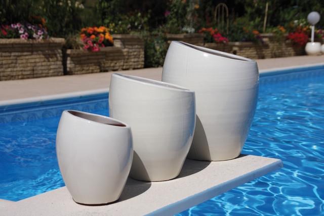 Orion ecume poterie d 39 albi ligne jardin contemporain pot et jardini re d 39 ext rieur other - Decoration jardin exterieur poterie ...