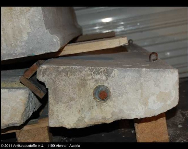 Salvaged and reclaimed historic building materials for Salvaged building materials