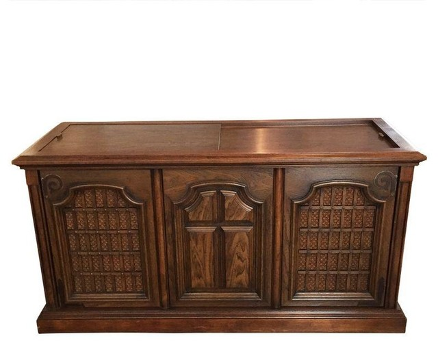 Vintage Magnavox Astro Stereo Console - Modern - Console ...