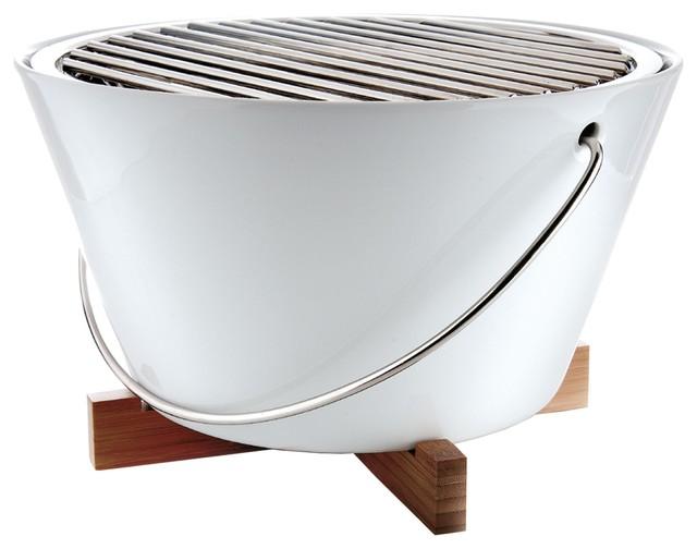 eva solo tisch und picknickgrill bauhaus look grills von. Black Bedroom Furniture Sets. Home Design Ideas