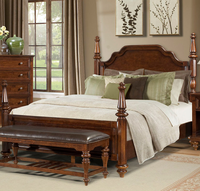Reedsport wood poster bed by a america traditional Traditional wood headboard