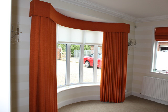 Bay Window With Curved Pelmet Ans Wave Headed Curtains