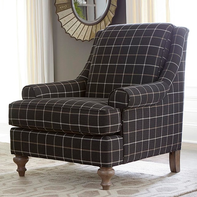 Wesley Accent Chair By Bassett Furniture