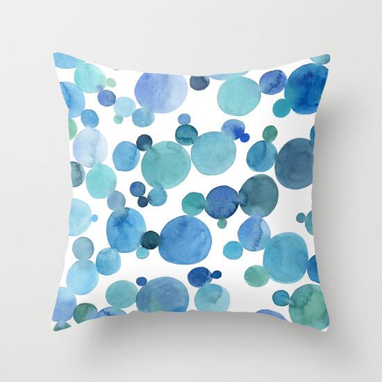 blue bubbles throw pillow contemporain coussin other metro par sandra ovono art. Black Bedroom Furniture Sets. Home Design Ideas