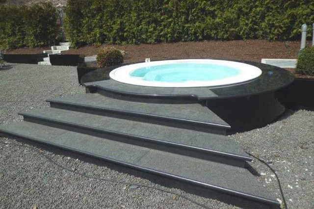 outdoor whirlpool. Black Bedroom Furniture Sets. Home Design Ideas