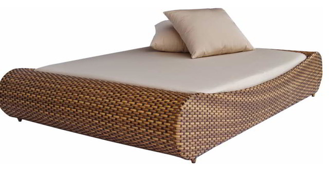 Zahra daybed traditional outdoor chaise lounges for Chaise lounge bar melbourne