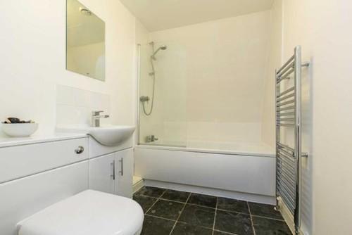 East London Tiny Bathroom Challenge