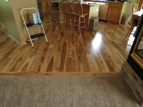Need help picking out wood floors and cabinets for Knotty laminate flooring
